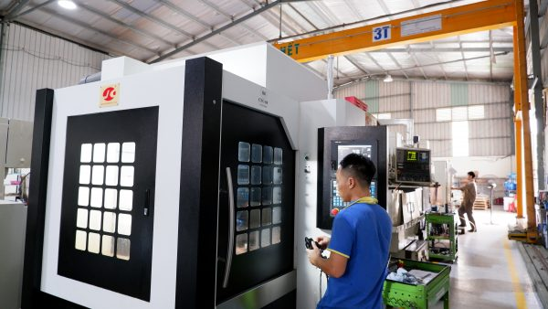 High speed CNC milling center